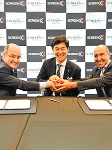 (In the middle) Jong-yeol Kim, head of Technology Innovation Division at CJ CGV, (left, right) Jaime Tarrazón and Carlos Fernández, CEOs of Spain's Cines Filmax Gran Via
