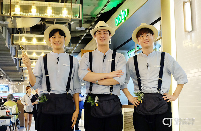 Good looking crew working for CJ Foodworld COEX Mall, a green-colored urban healing space