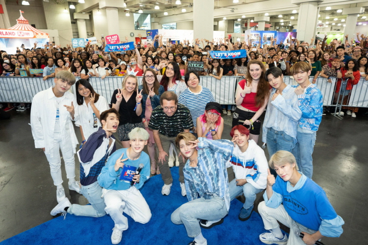 K-pop artists that visited the convention to experience K-lifestyle