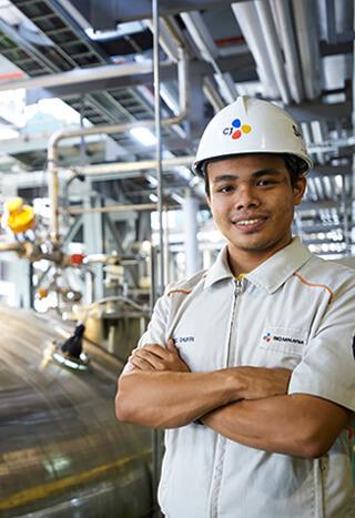 Southeast Asia,<br>the hub of global logistics